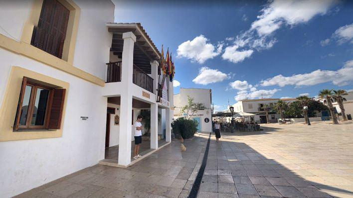 El dron de vigilancia policial permite interponer 15 denuncias en tres días en Formentera