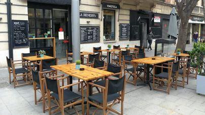 Cort prepara su renuncia a cobrar el impuesto de terrazas de todo 2020 para bares y restaurantes