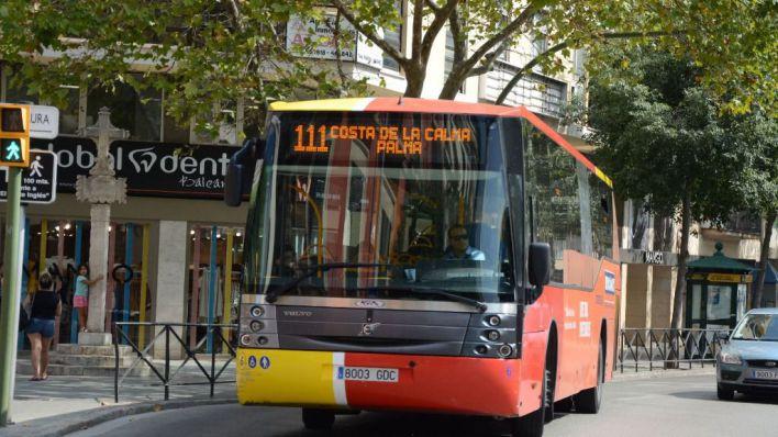 Más autobuses TIB y trenes para asegurar la distancia de seguridad