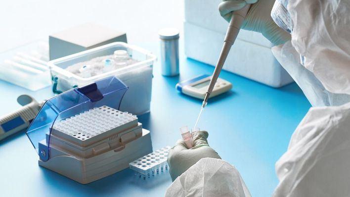 China arranca los ensayos clínicos de dos posibles vacunas para el coronavirus