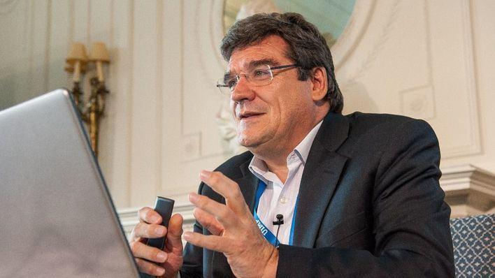 El ministro Escrivá dice que se ha enterado por la prensa de la presentación del Ingreso Mínimo
