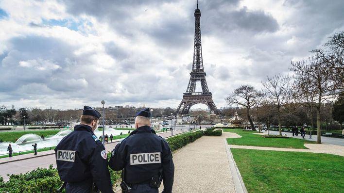 Cuarta noche de graves disturbios en la periferia de París