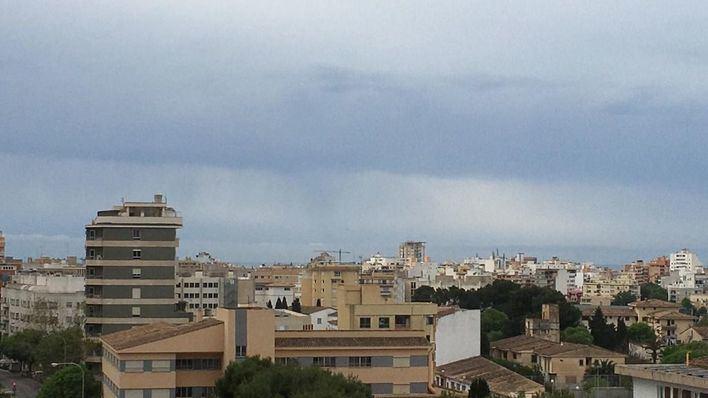 Cielos nublados y posibilidad de lluvias