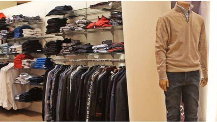 Los consumidores reclaman que con la desescalada se abran todo tipo de tiendas