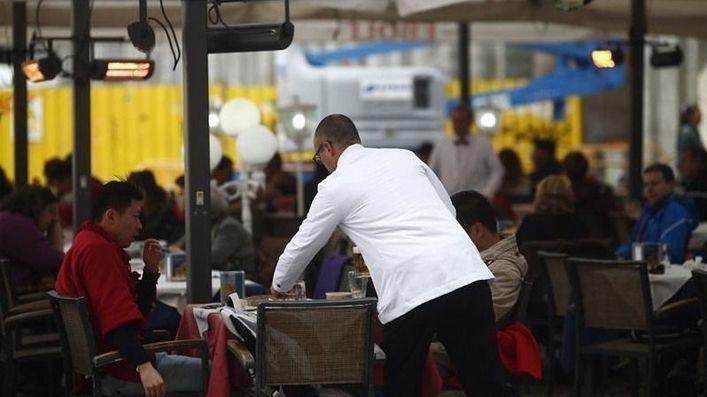 La patronal 'Hostelería de España' sitúa a partir del 10 de mayo la apertura de terrazas