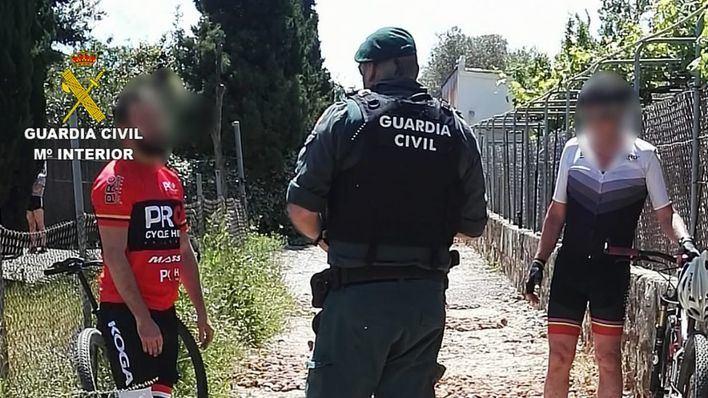 Denuncian a dos ciclistas en Pollença por saltarse el confinamiento