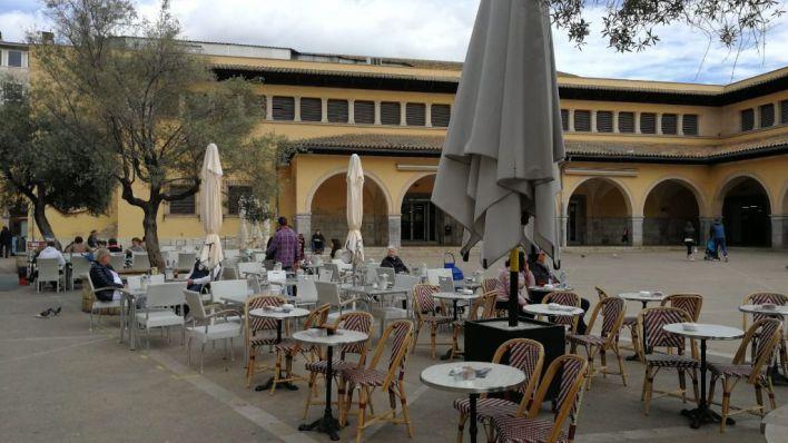 La restauración podrá reabrir el 11 de mayo pero sólo las terrazas con una ocupación del 30 por ciento