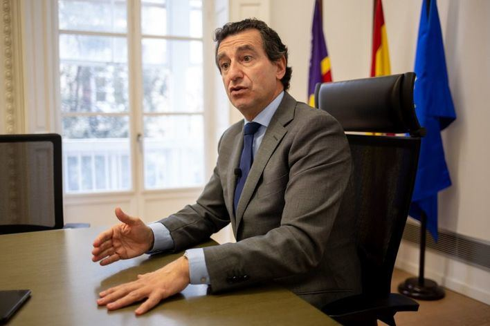 """Company: """"El plan de desescalada de Sánchez cierra la puerta a la reactivación del turismo en Baleares"""""""