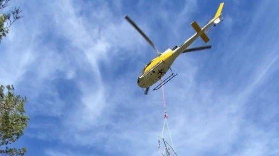 Endesa repara la línea averiada por el temporal 'Gloria' en Escorca y Selva
