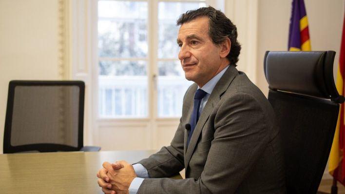 Company defiende que el PP ha aportado '125 medidas concretas' contra la crisis frente al 'vacío de contenido' del Govern