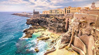 Crece el tráfico de drogas y medicamentos por encima de la valla de Melilla