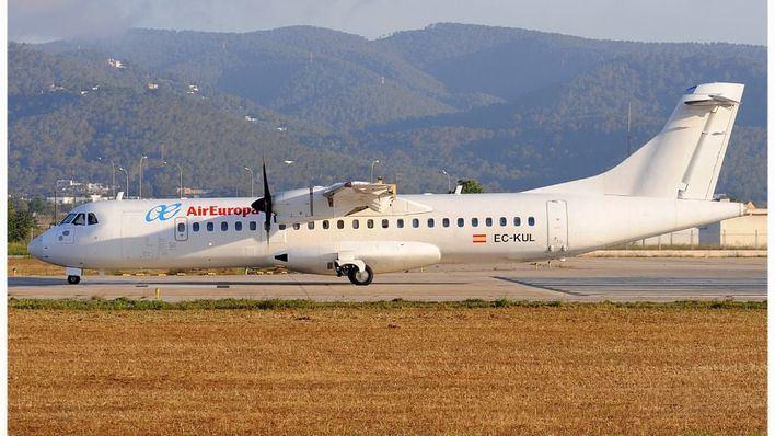 Ábalos, dispuesto a consensuar la ampliación de los vuelos interislas