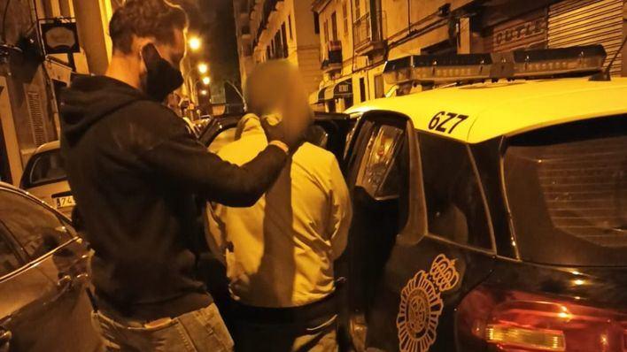 Detenidos los tres responsables de una plantación de marihuana en un piso de Pere Garau