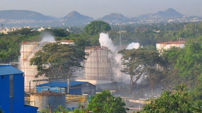 Siete muertos y miles de afectados por una fuga de gas en una planta química de India
