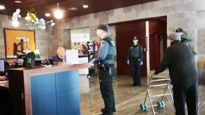 Policía, Guardia Civil y farmacias colaborarán en la protección de ancianos