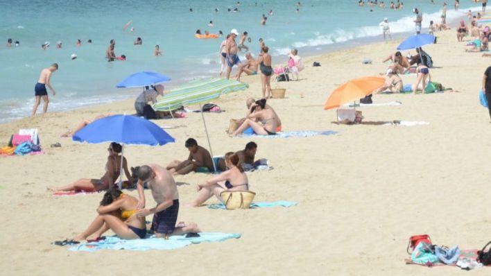 Canarias prevé turismo nacional a partir de junio e internacional entre septiembre y octubre