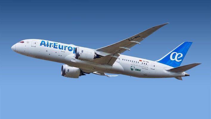 Más vuelos interislas y se reactiva el tráfico marítimo de pasajeros