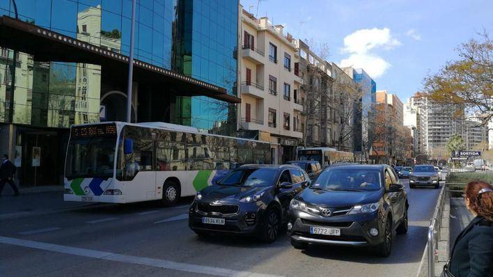 Un 20 por ciento cambiará el transporte público por el coche para ir a trabajar cuando acabe todo