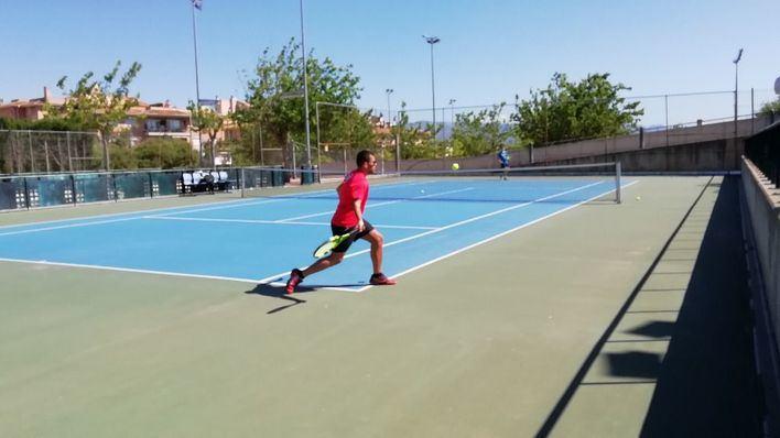 Son Moix reabre las pistas de tenis, el velódromo y la pista exterior