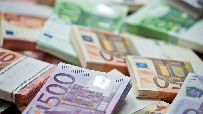 Baleares lidera junto a Aragón las previsiones de caída del PIB en España