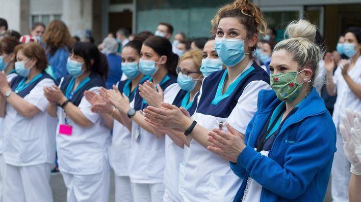 Los héroes de la bata blanca: 49 médicos han muerto en España a manos del coronavirus