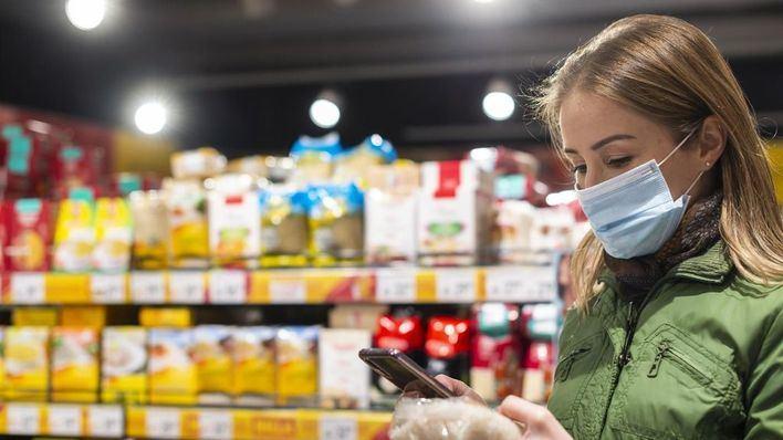 Un estudio de la OCU no detecta coronavirus en los envases de alimentos de los supermercados