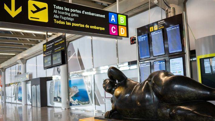 Los viajeros internacionales que entren en España ya deben guardar cuarentena