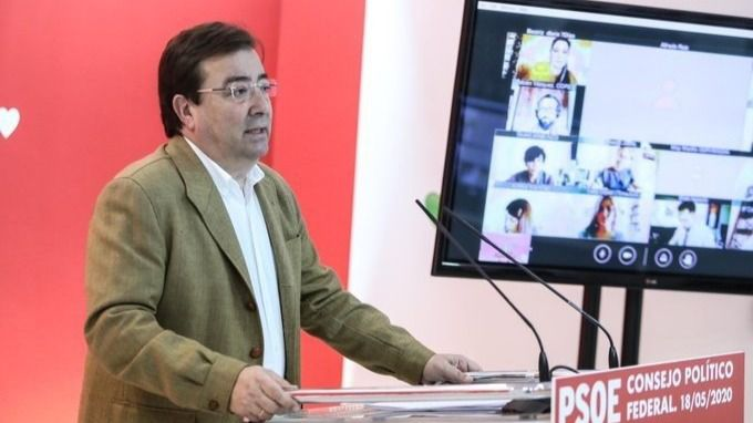 El PSOE apela a la mayoría silenciosa frente a los que secundan las caceroladas