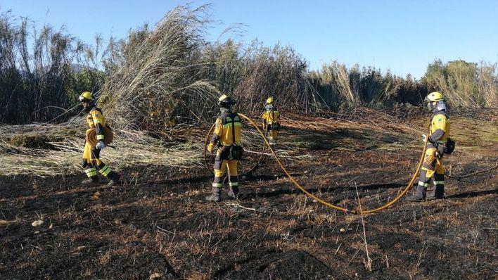 Un incendio en Selva obliga a actuar al Ibanat y a Bombers de Mallorca