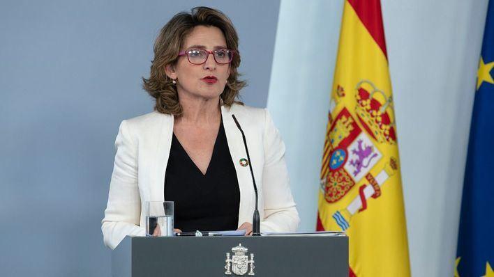 Teresa Ribera apunta a julio para la vuelta del turismo extranjero seguro