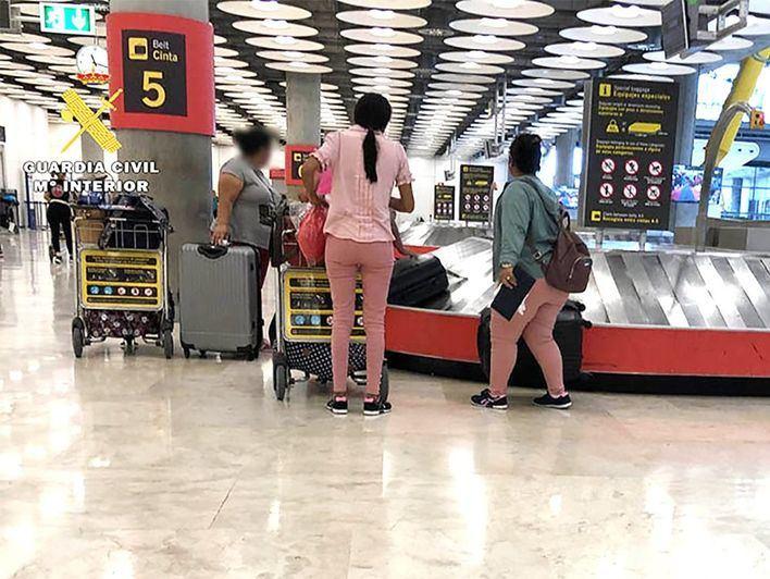 Devuelven desde Palma a Alemania a una madre y a su hija de 2 años por no justificar el viaje