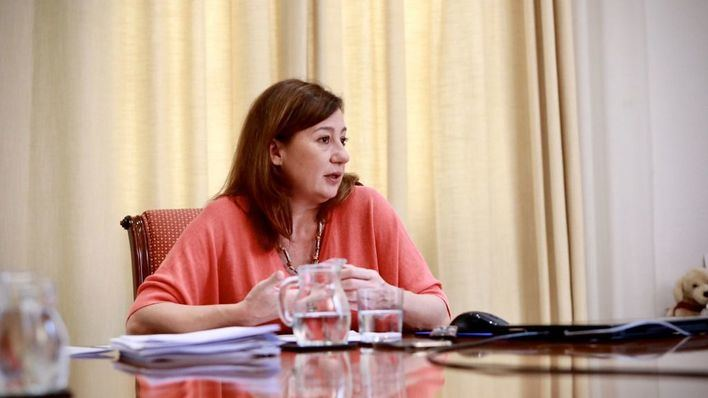 Armengol: 'En junio empezarán a venir a Baleares grupos de turistas'