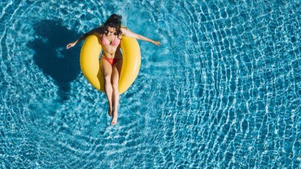 30 por ciento de aforo y cita previa: las condiciones para abrir las piscinas comunitarias
