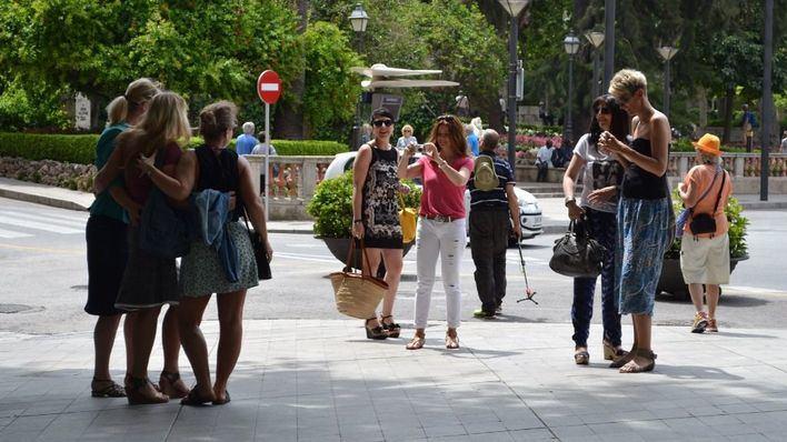 Expertos del sector ven posible salvar la temporada de verano con 29 millones de turistas