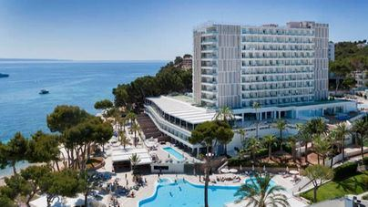 CaixaBank concede 1.100 millones al sector hotelero español hasta abril, un 48 por cien más