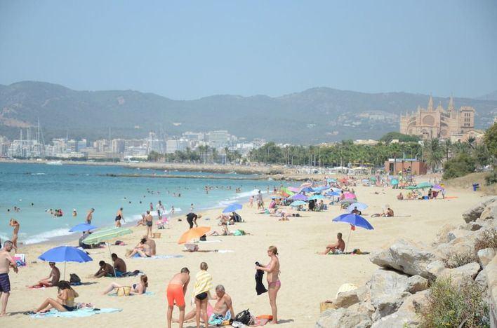 La Policía Local de Palma vigilará las playas para que se cumpla la normativa sobre el Covid 19