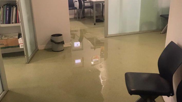 Un piso okupado impide la reparación íntegra del centro de salud de Pere Garau