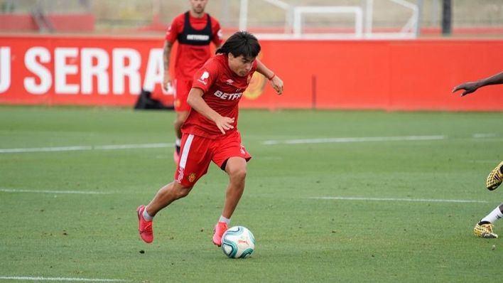 El 'Messi mexicano' viste de bermellón: con 15 años, Luka Romero es la perla de la cantera del Mallorca