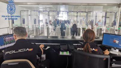 Los 40 pasajeros de dos vuelos internacionales llegados a Palma, en cuarentena