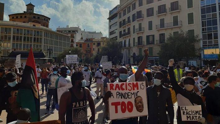 Illa respeta las protestas antiracistas pero recuerda que el coronavirus 'está ahí'