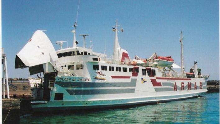 La línea Corralejo-Playa Blanca de Naviera Armas cumple 25 años