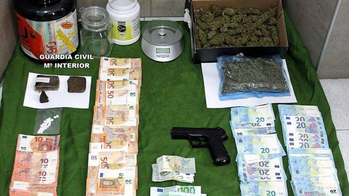 Dos detenidos en Son Servera por tráfico de drogas