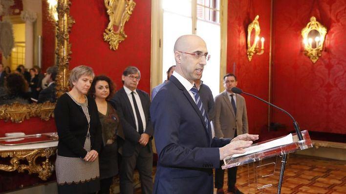 Anticorrupción quiere regular los obsequios a diputados y las 'puertas giratorias' en Baleares