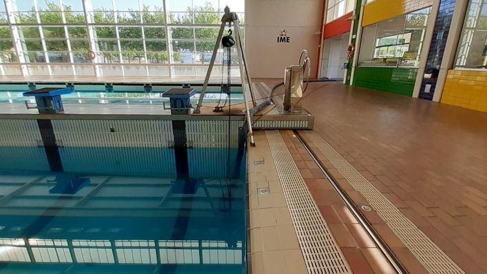 Emaya reutiliza el agua de las piscinas de Son Hugo para limpiar las calles