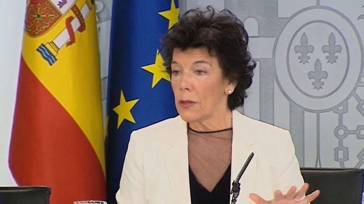 Cataluña, Madrid y País Vasco quedan fuera del plan de Celaá para el próximo curso escolar