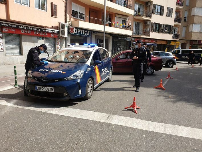 Detenido tras intentar arrollar a un policía en un control en Son Gotleu