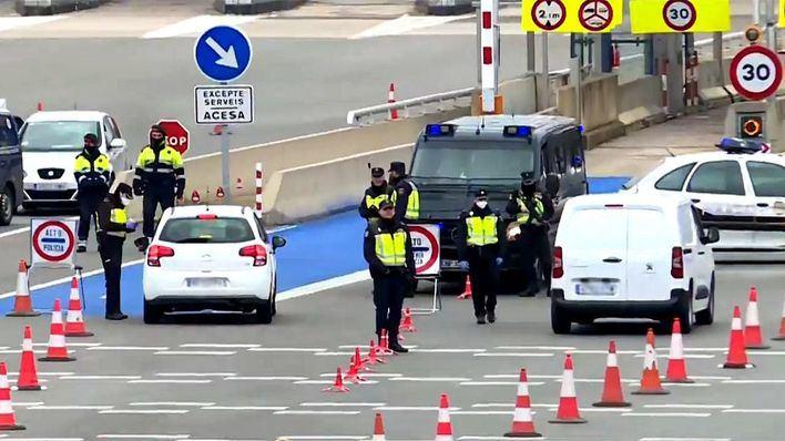 Francia levanta sus restricciones de entrada al país aunque no para España y Reino Unido