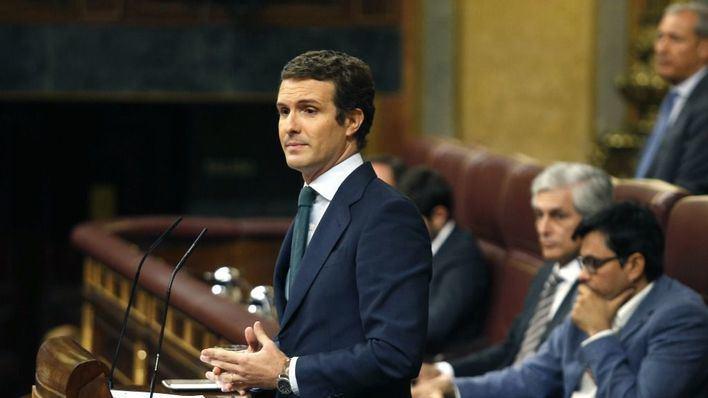 El PP prepara mociones de censura contra la izquierda en varios municipios de España tras presentar ya una decena