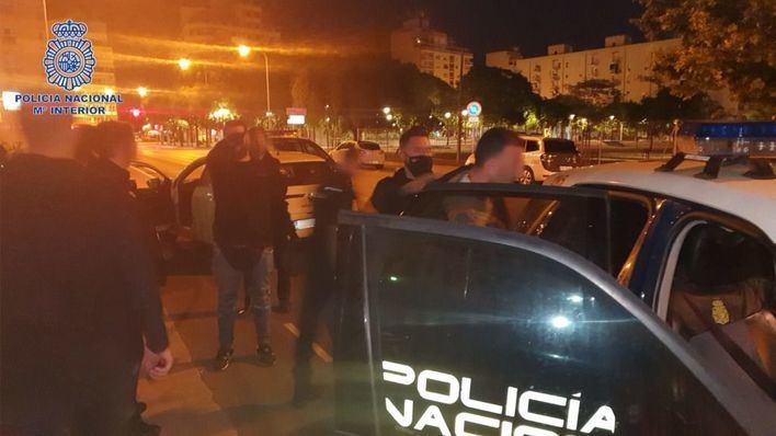 Dos detenidos por robo con fuerza en el interior de vehículos en Palma