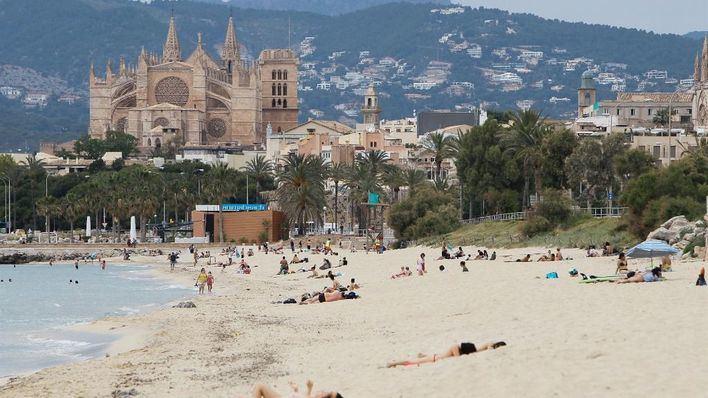 Europa FM y Cort organizan una recogida de residuos en Can Pere Antoni